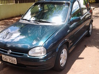 Vendo Corsa hatch 4pts GL 1.6 ano 98 - Carros - Maringá