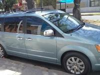 2008 Chrysler Town & Country Limited - Camionetas / 4x4 - Santa Cruz