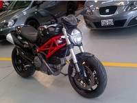 Vendo Moto Ducati Monster796 Negra 2do Uso - Motos / Scooters - Lima